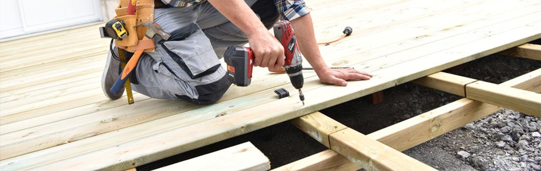 Bau einer Holz-Terrasse